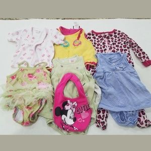 6 Pc Lot of Baby Girls Mixed Clothes Size 6/9